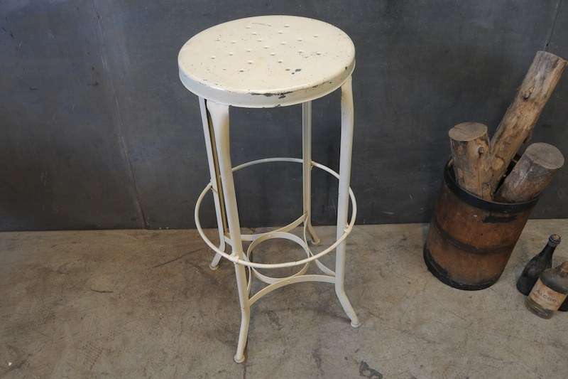 Tall Stool For Painting Large Canvas