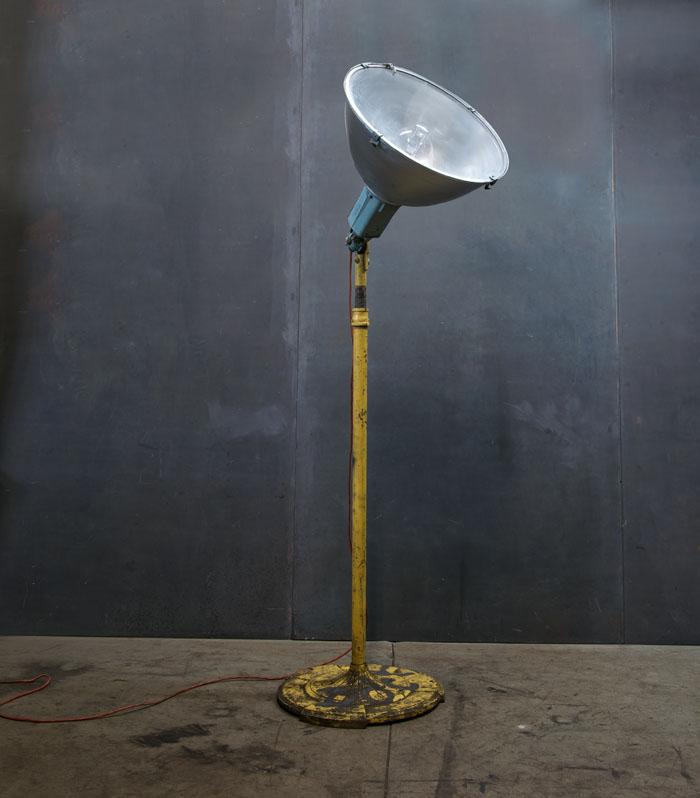 vintage industrial satellite floor lamp factory 20. Black Bedroom Furniture Sets. Home Design Ideas