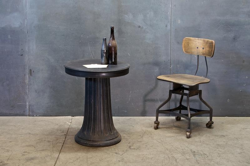 100 table pedestal bases