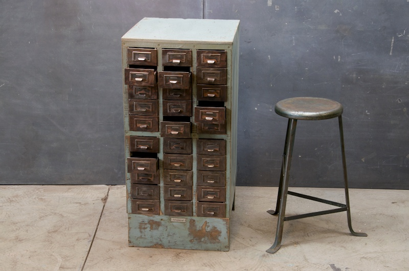 collections / vintage drawers: – oh, hello friend