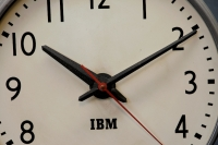 435_368ibm-1950s-office-wall-clock-metal3.jpg