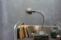 675_1135spade-head-task-lamp-gooseneck-white1.jpg
