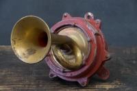 811_1307electric-wall-horn-brass-vintage1.jpg