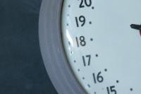 954_150424-hour-train-station-vintage-clock3.jpg