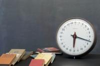 954_150424-hour-train-station-vintage-clock4.jpg